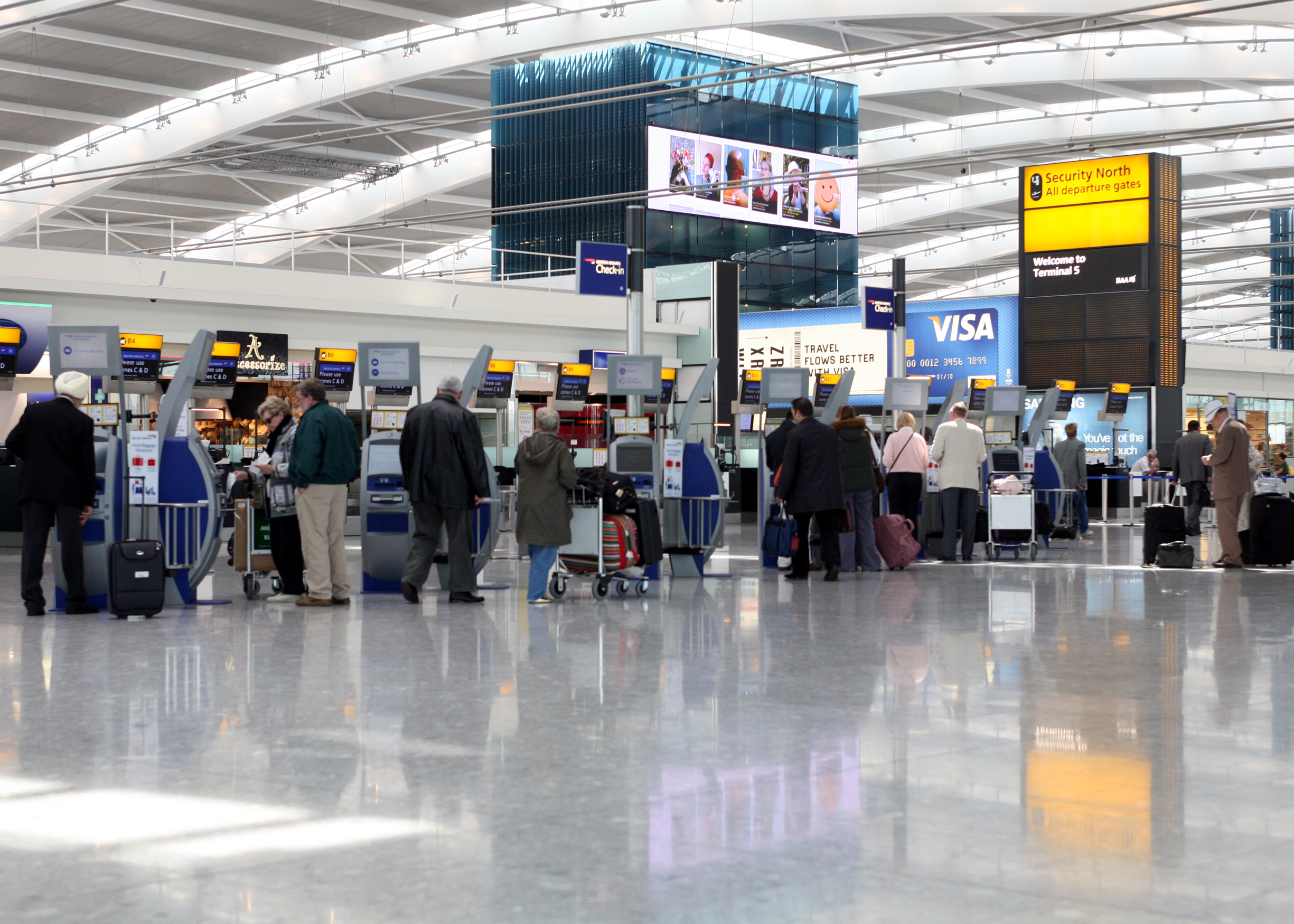 """BA to extend """"Hand Baggage Only"""" fares"""